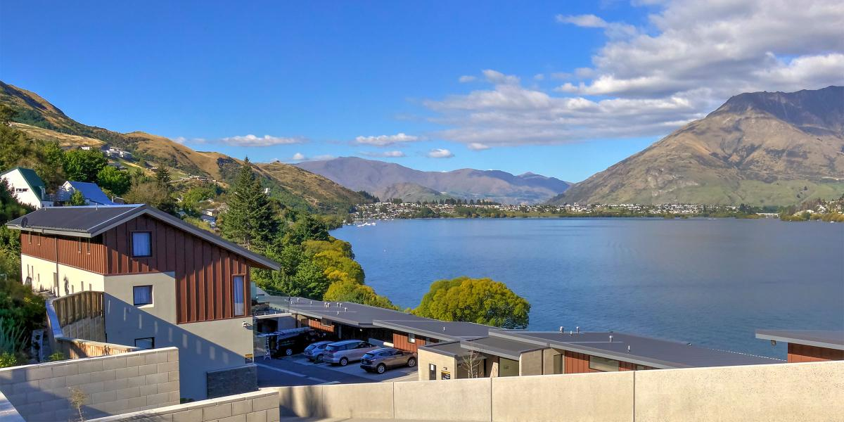 Aura Queenstown Holiday Homes Absolute Bliss Villa B 543 Frankton Road 02