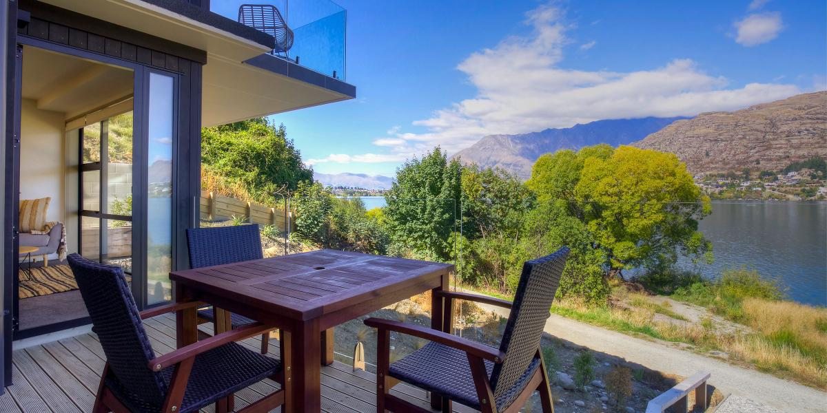 Aura Queenstown Holiday Homes Absolute Bliss Villa B 543 Frankton Road 22