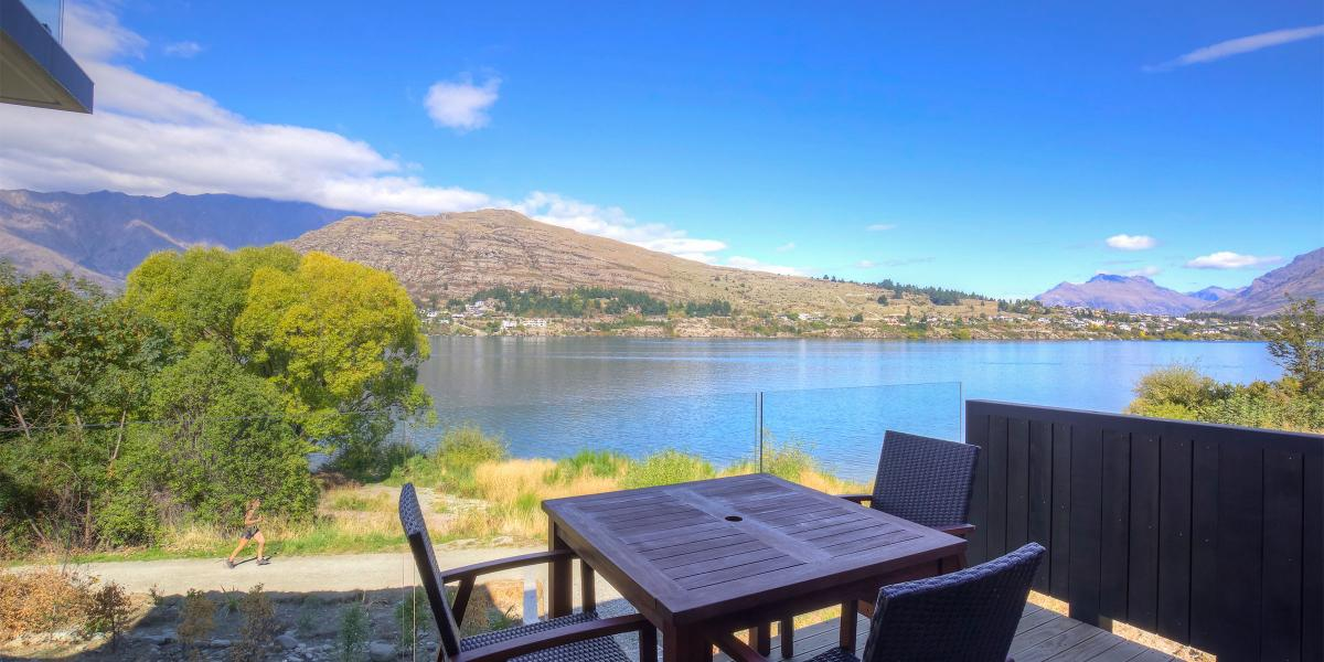 Aura Queenstown Holiday Homes Absolute Bliss Villa B 543 Frankton Road 33