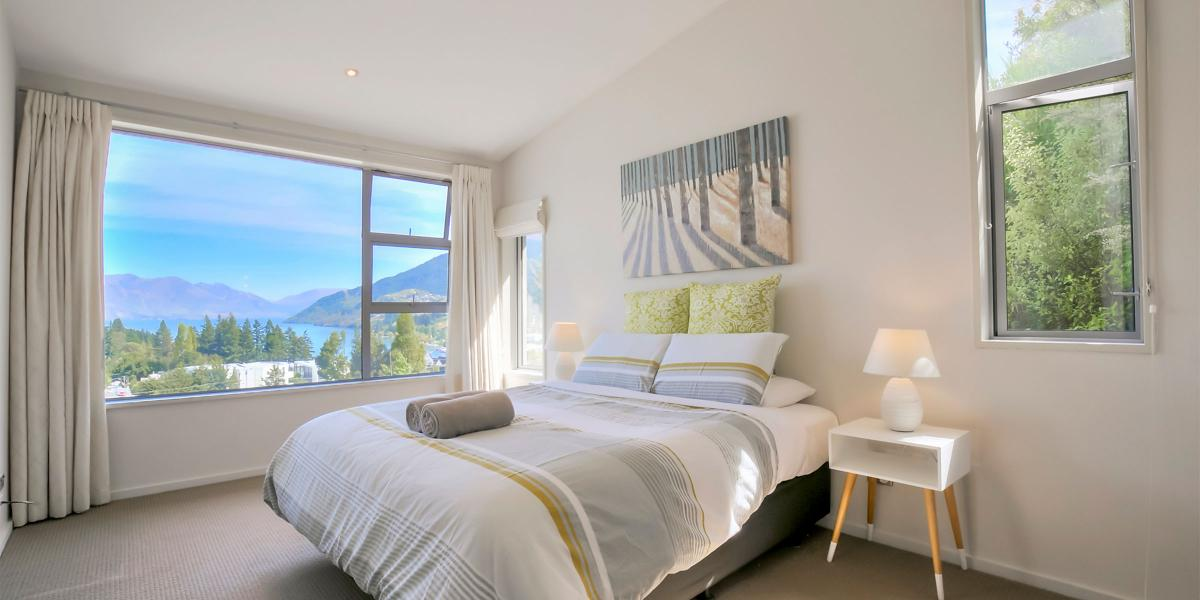 Aura Queenstown Holiday Homes Diamond Villa 21a Hallenstein Street 09