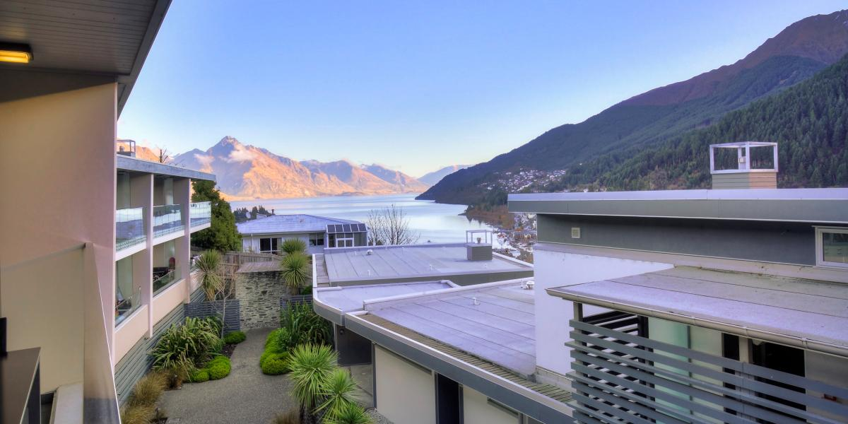 Aura Queenstown Holiday Homes Travellers Oasis 9 Bowen Apartments 16 Kent Street 2