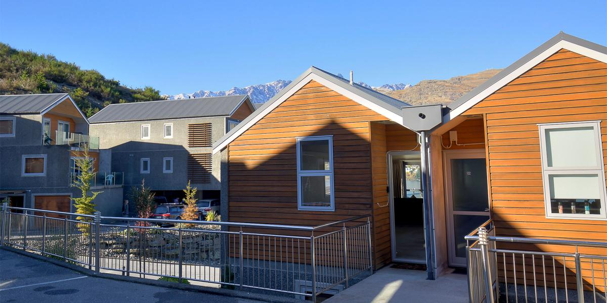 Aura Queenstown Holiday Homes Remarks View Alpine Escape 26 Alpine Village 643 Frankton Road 4