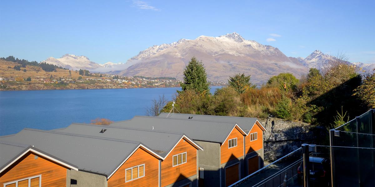 Aura Queenstown Holiday Homes Remarks View Alpine Escape 26 Alpine Village 643 Frankton Road 7