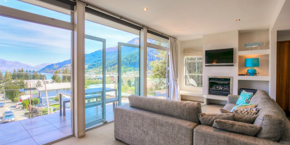 Aura Queenstown Holiday Homes Diamond Villa 21a Hallenstein Street 21